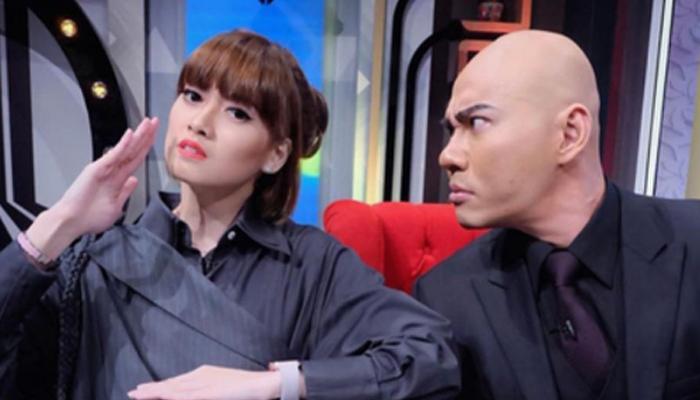 [VIDEO] DEDY CORBUZIER DAN CHIKA JESSICA SINDIR AYU TING TING?
