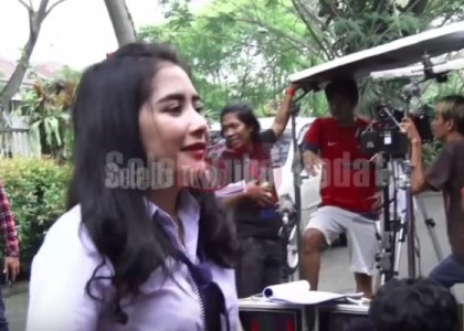 Prilly-21